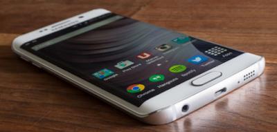Dapatkan Fitur S6 Edge Keren ini di Setiap Telepon Android