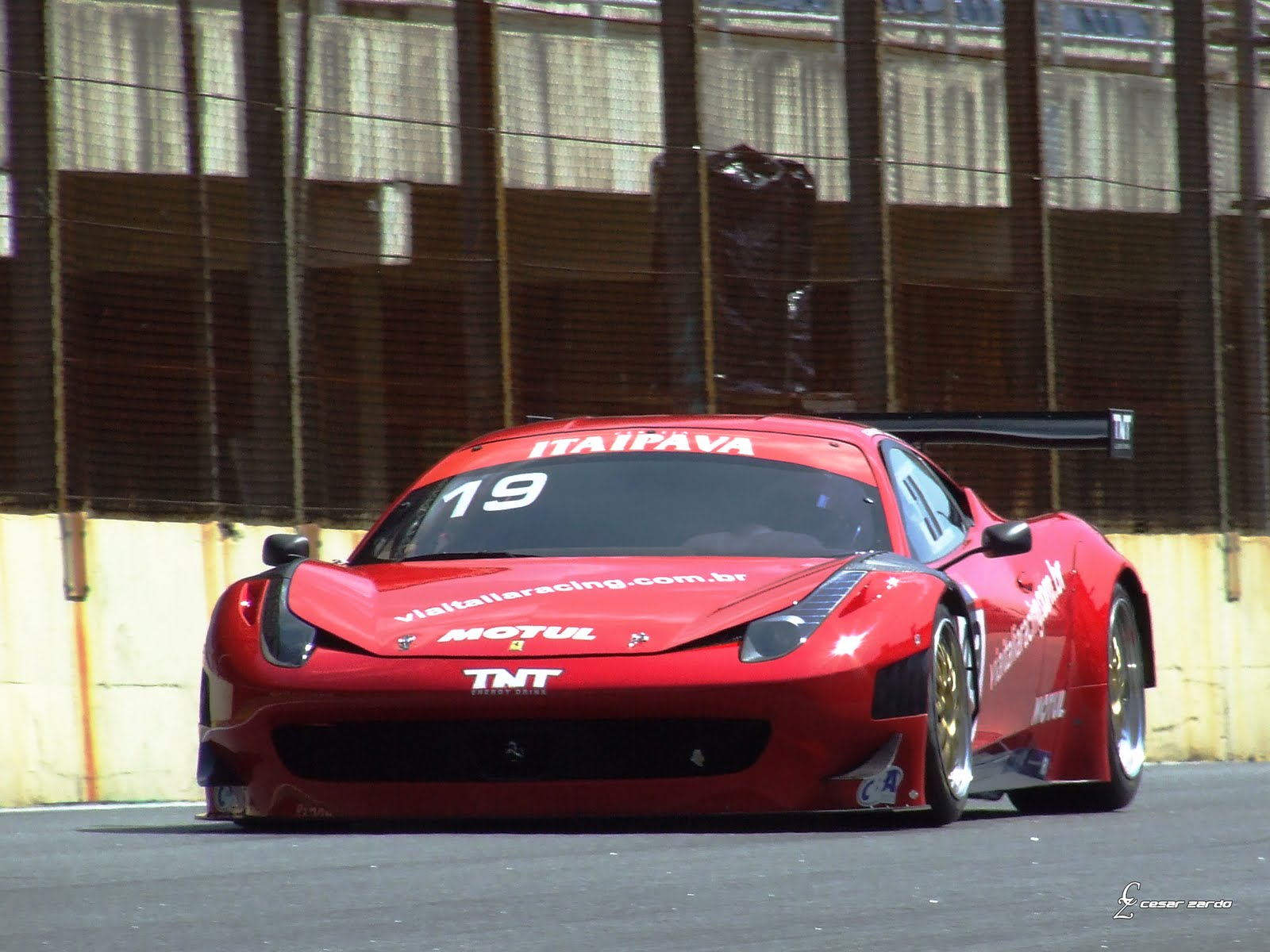 POSE FERRARI PHOTOS WALLPAPERS: Ferrari F458 Gt3