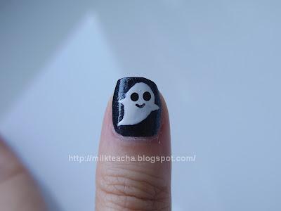Happy Halloween Nail thumb