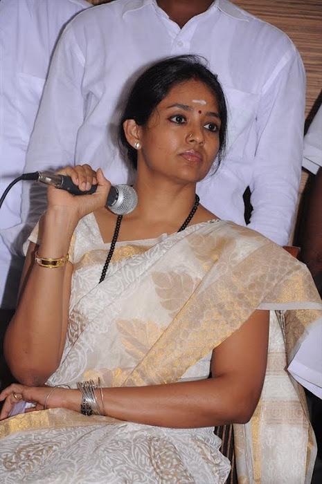 ranjitha press meet actress pics