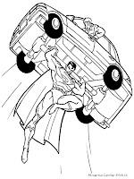 Mewarnai Gambar Superman Mengangkat Mobil Ke Angkasa