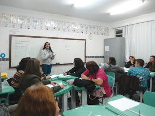 Professores da EJA e monitores do Mais Educação participam de oficina de Matemática