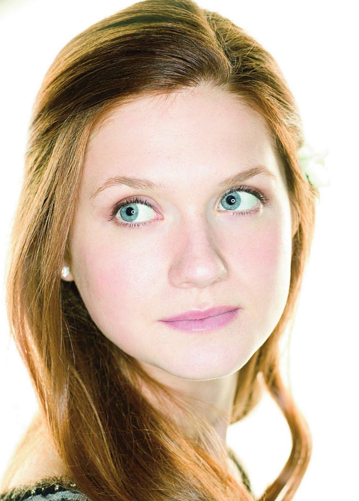 http://4.bp.blogspot.com/-saiJWpa8XzM/TbbXQwq03AI/AAAAAAAAAX4/rJ2RkN2uY94/s1600/Bonnie+Wright.jpg