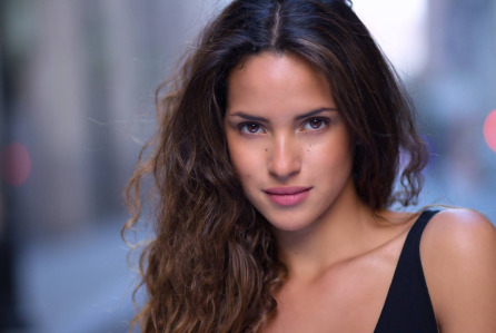 Emerald City - Adria Arjona Cast as Dorothy