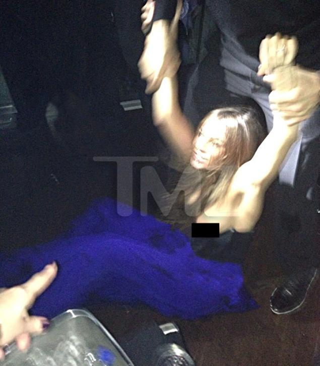 OOPS! Sofia Vergara Nip Slip During NYE Brawl (PHOTOS)