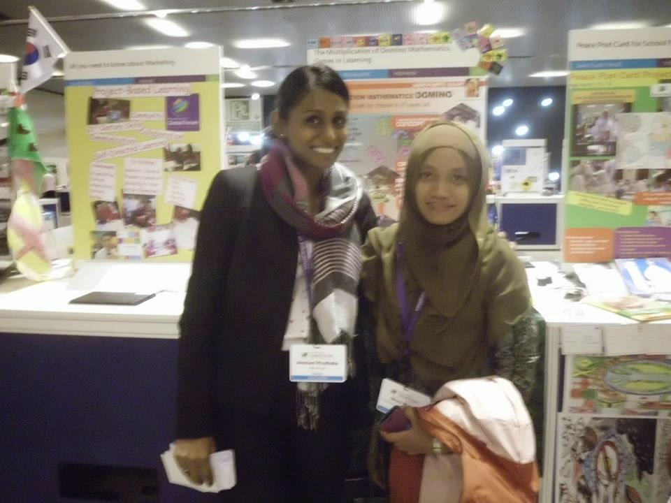 Hari ke-2 Ustadzah Wulan di Global Forum - Barcelona