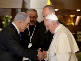 Ferenc pápa - Abbasz Palesztin elnökkel