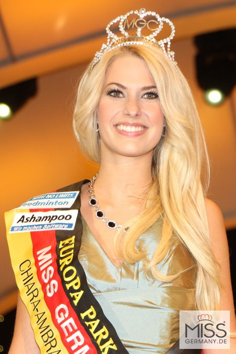 Isabel Gulck Crowned Miss Germany 2012