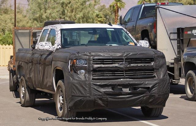 SPOTTED: 2015 GMC Sierra and Chevrolet Silverado HD