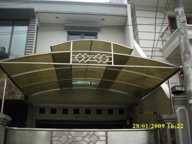 Gambar Pintu Gerbang Rumah Foto Model Jendela Dan Pelauts Picture ...