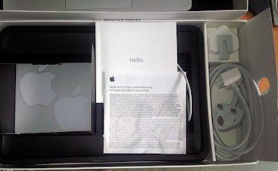 0942299241 Bán Macbook siêu mỏng đẹp còn full hộp box đầy đủ giấy tờ sách hướng dẫn, laptop apple macbook air 2012 đã qua sử dụng nhưng cực đẹp, không 1 vết trầy xước
