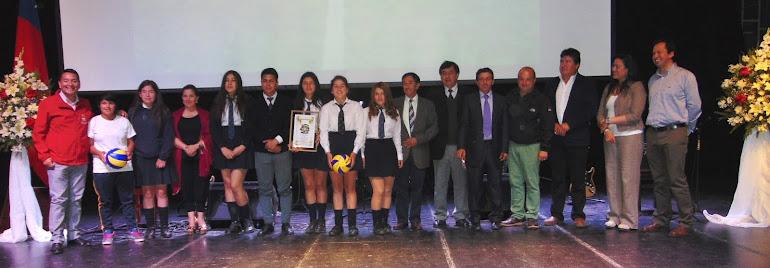 Liceanos destacados en premiación comunal extraescolar