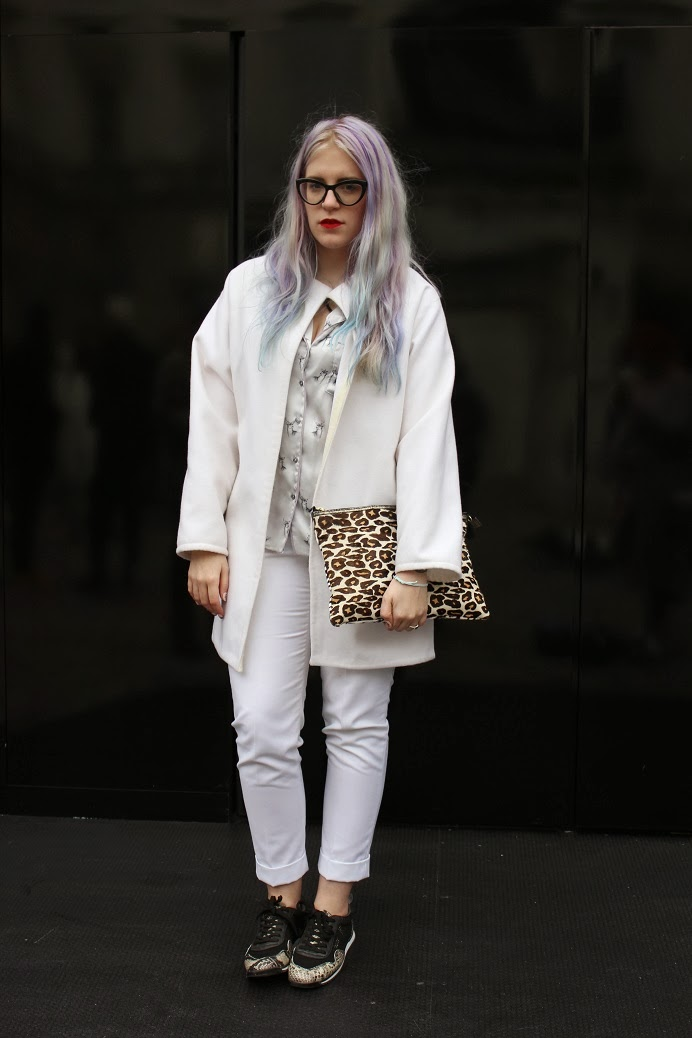 fashion blogger pastel hair