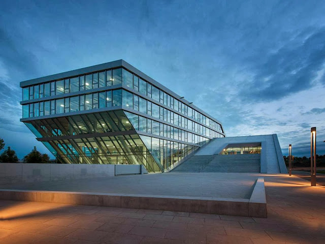 03-Hahn-Kolb-Headquarters-by-Sigrid-Hintersteininger-architects