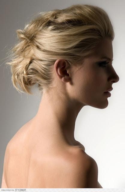 fryzury koki blond