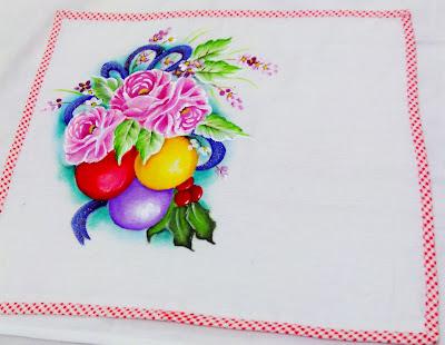"""""""pintura tecido rosas e bolas de natal"""""""