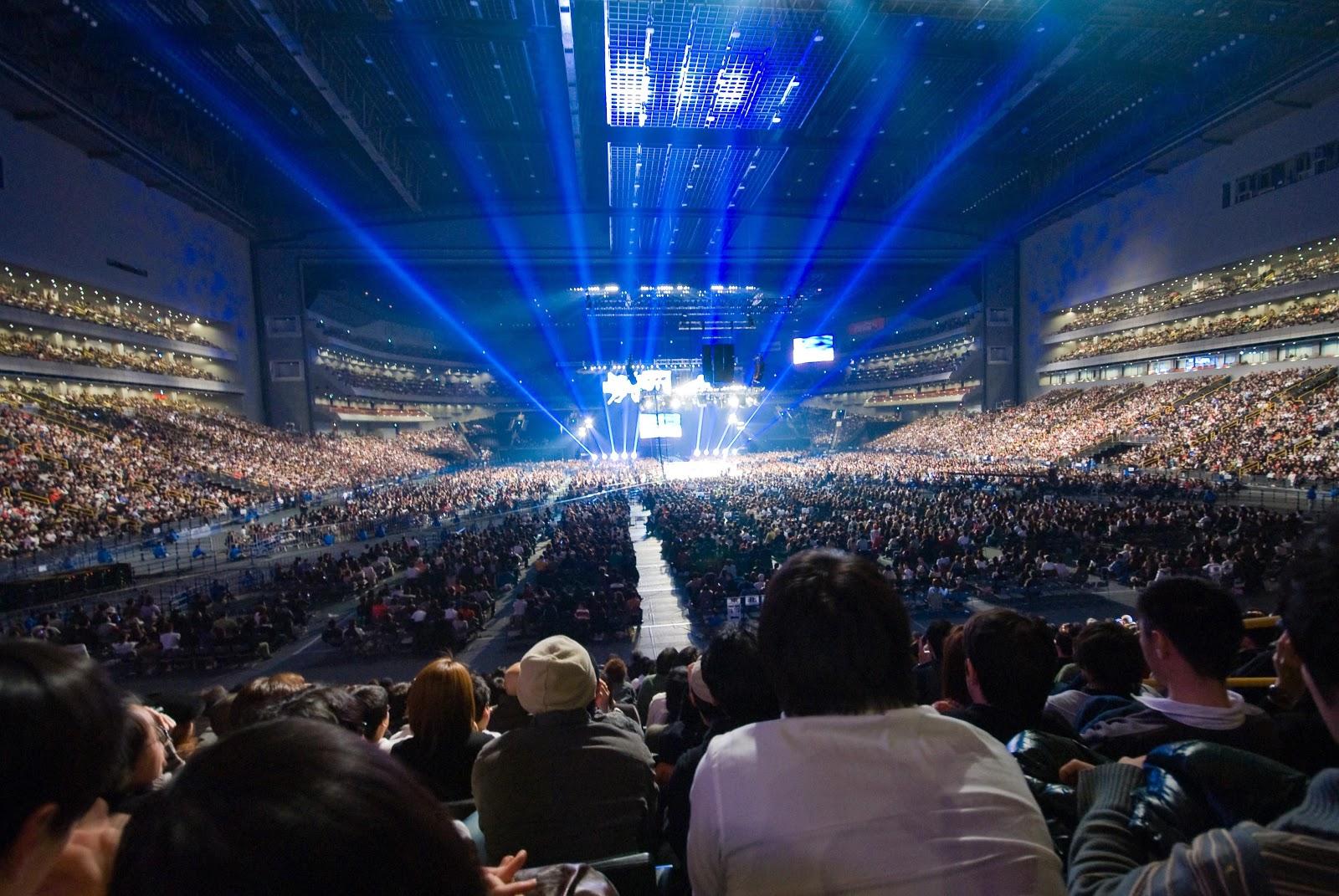 Pure Idol Heart: Momoiro Clover Z Draw 6,000 Fans + A Saitama Super Arena Date