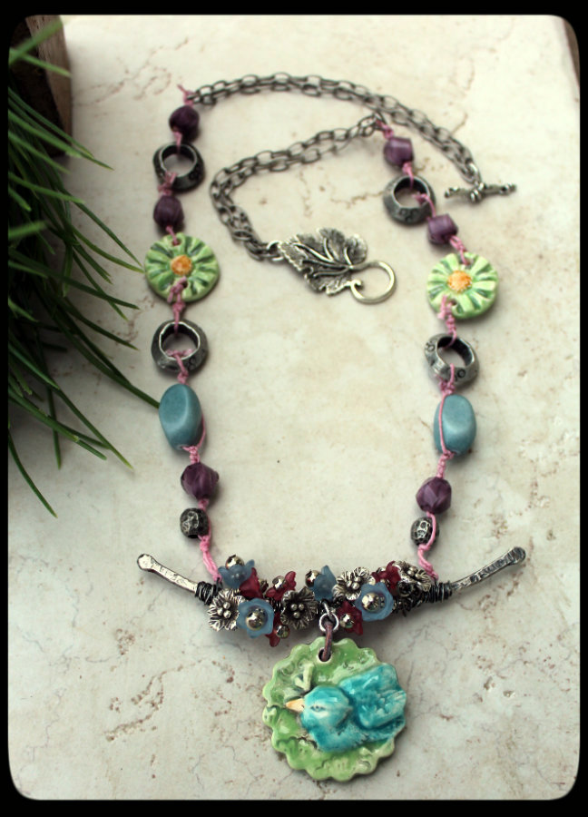 Bird Necklace on This Month S Bead Artisan Is Nan Emmett   Nan And I Met Online When