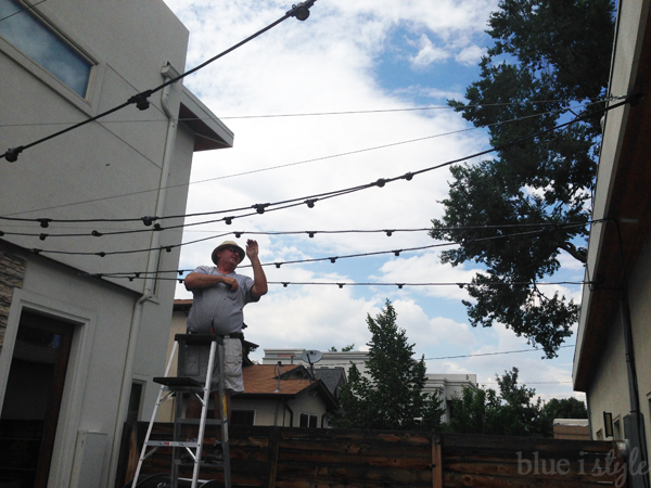 outdoor style How to Hang Commercial Grade String Lights Blue i