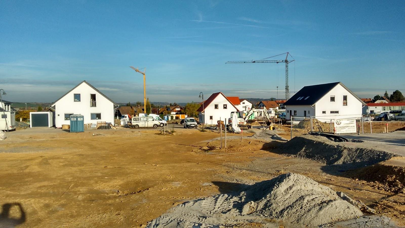 Our German Build mit Allkauf Haus: Gerüste abgebaut und alles verkabelt