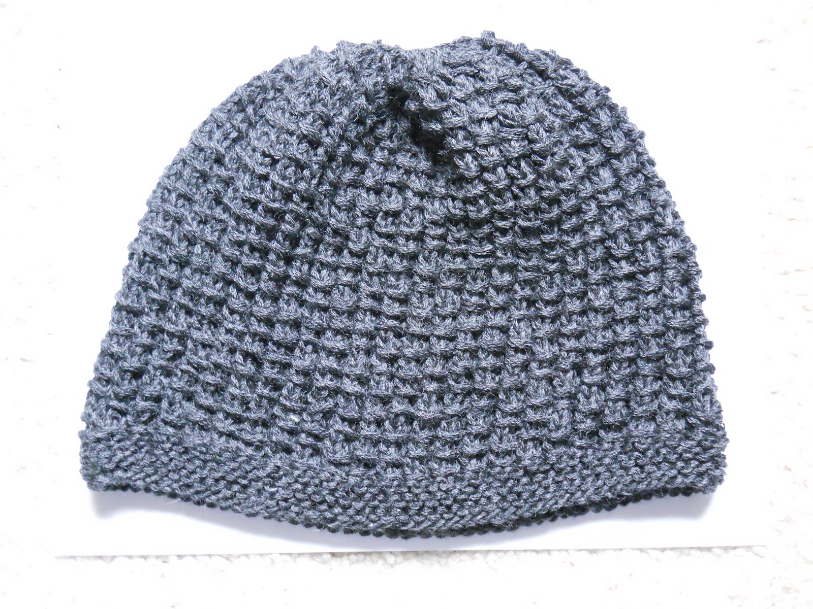 Knitting Patterns For Bamboozle Wool : Knitting with Schnapps: Bamboozled: A Hat