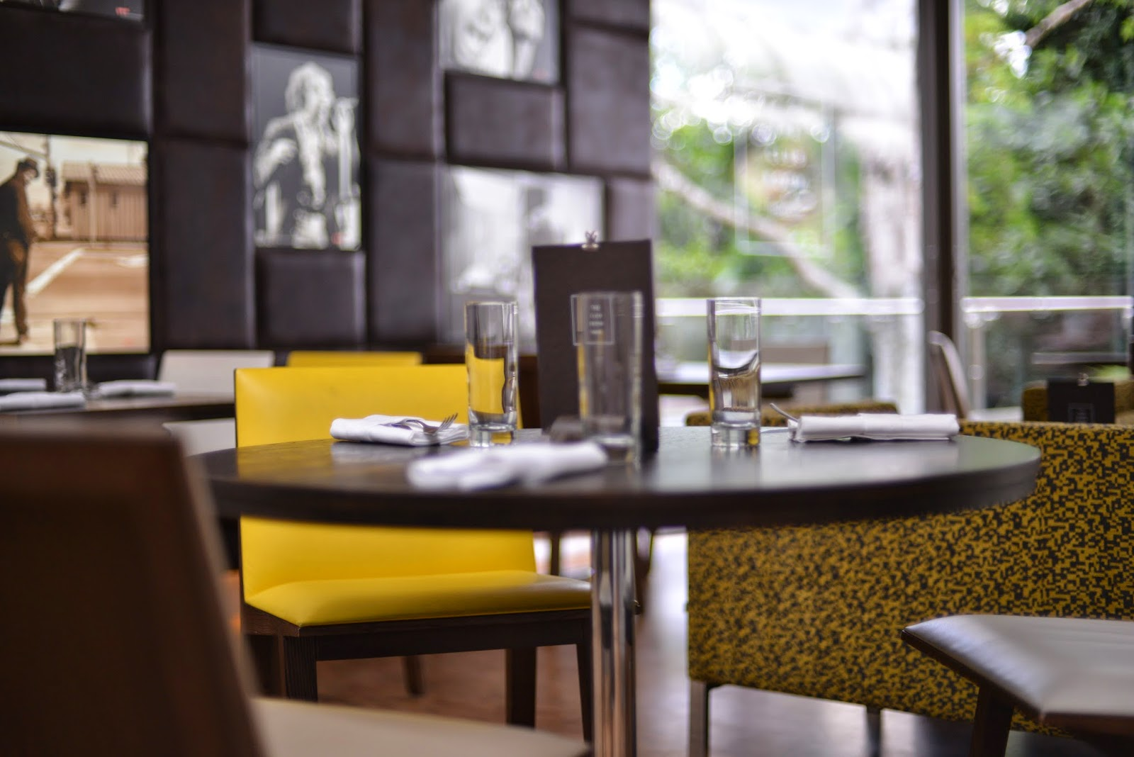 location Islington Cafe