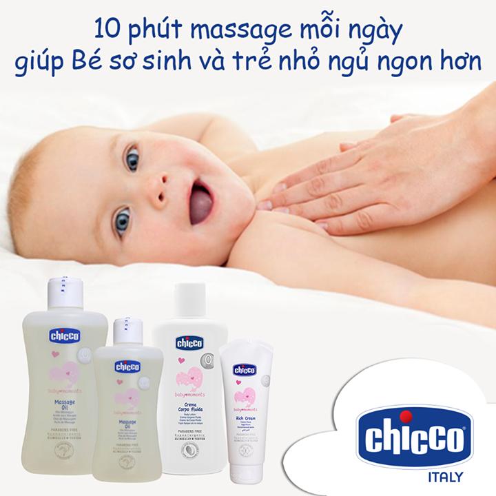10 phút massage mỗi ngày cho bé yêu