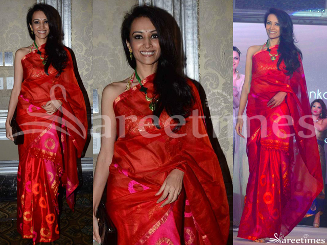 sareetimes: Red Saree