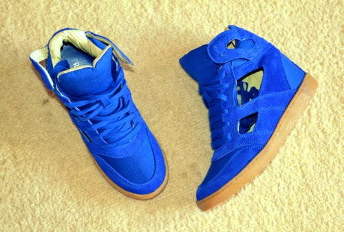 river-island-blue-cut-out-wedge-high-top-trainers