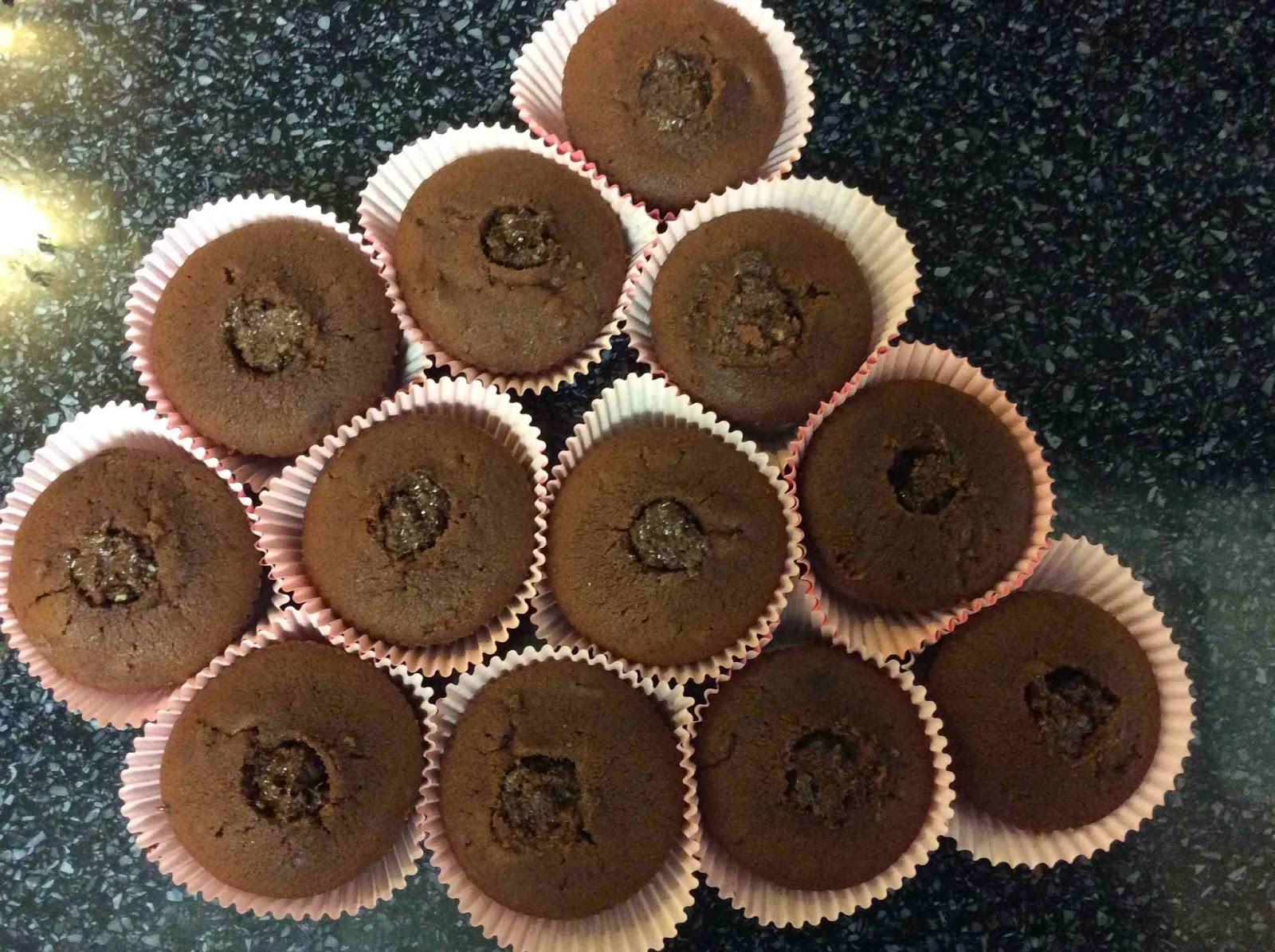 Cupcake con relleno de crujiente de avellanas