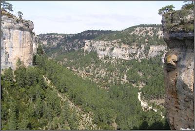 Hoz del Río Escabas en El Hosquillo (cierre del Parque). Vista desde arriba