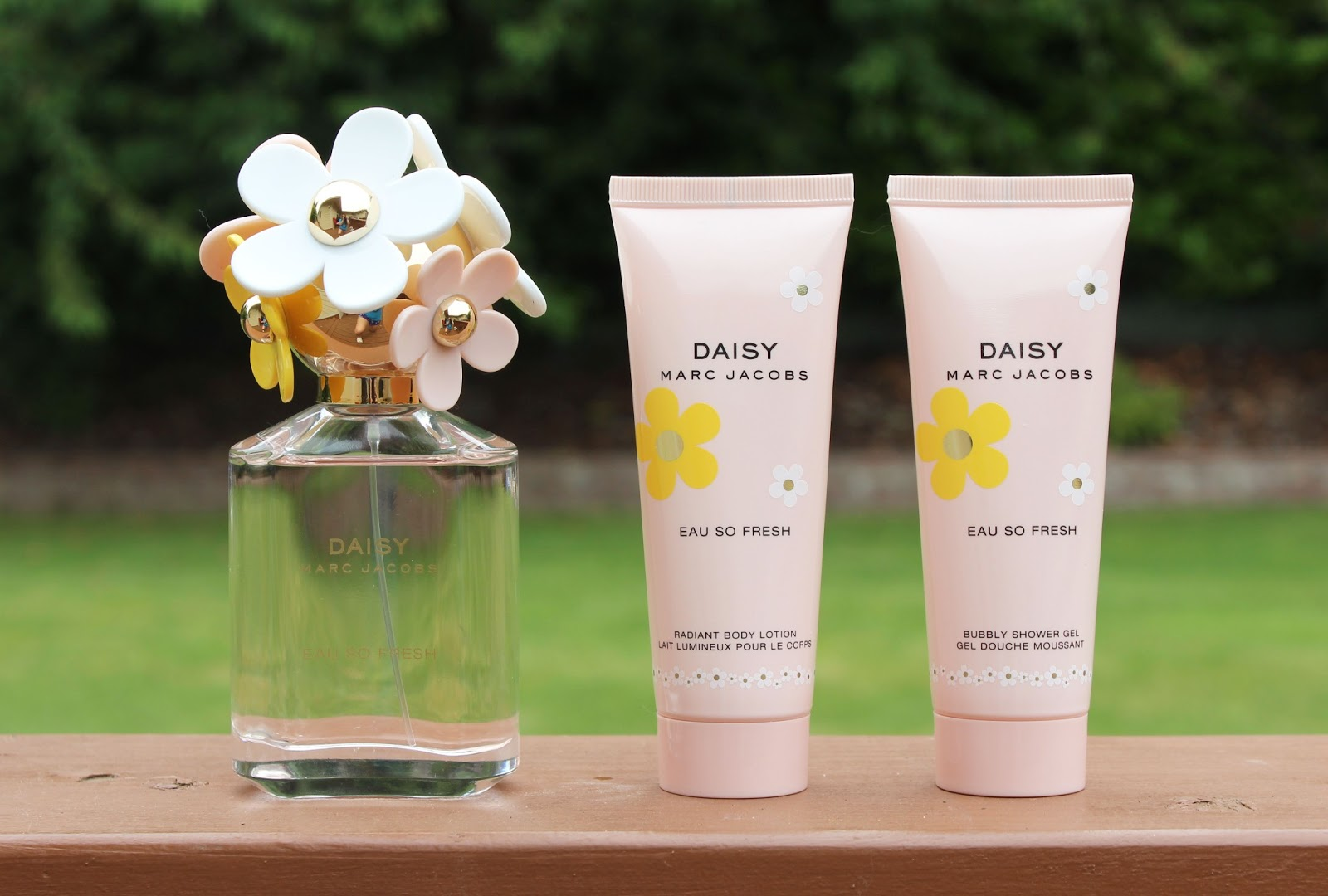 Viva La Fashion I Beauty + Life Style Blog: Marc Jacobs Daisy Eau ...