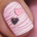 http://www.beautyill.nl/2014/01/diy-nail-art-valentines-cotton-candy.html