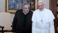"""MUJICA SOBRE EL SUMO PONTÍFICE: """"ES UN PAPA CANCHERO QUE TIENE MUCHO BOLICHE"""""""