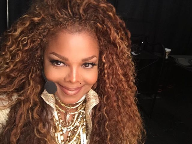 Janet Jackson - S.E.X.L.I.N.E.S.