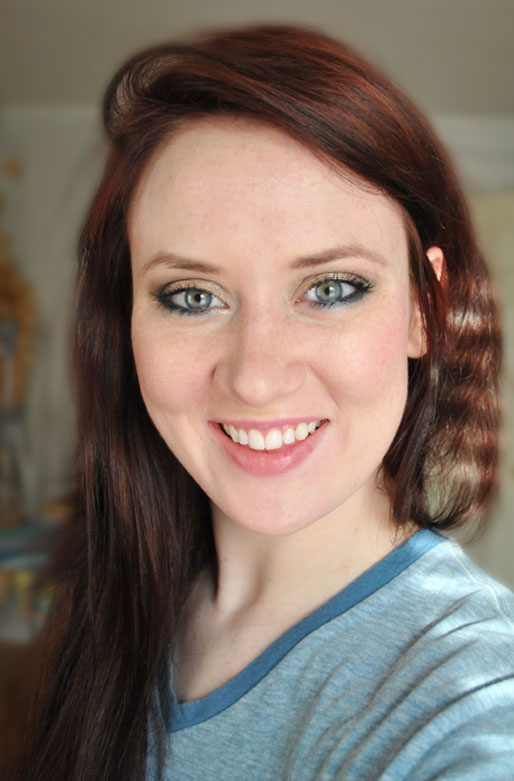 a style of your own blog, makeup photo a day, makeup of the day, gold eyeshadow, red hair,