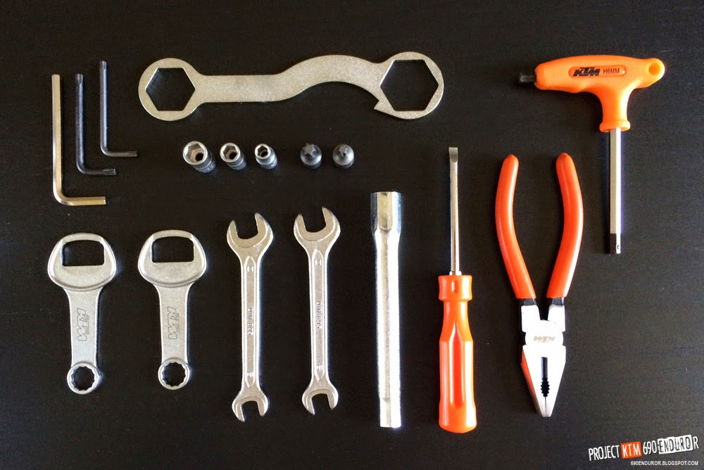 2014 KTM 690 Enduro R toolkit