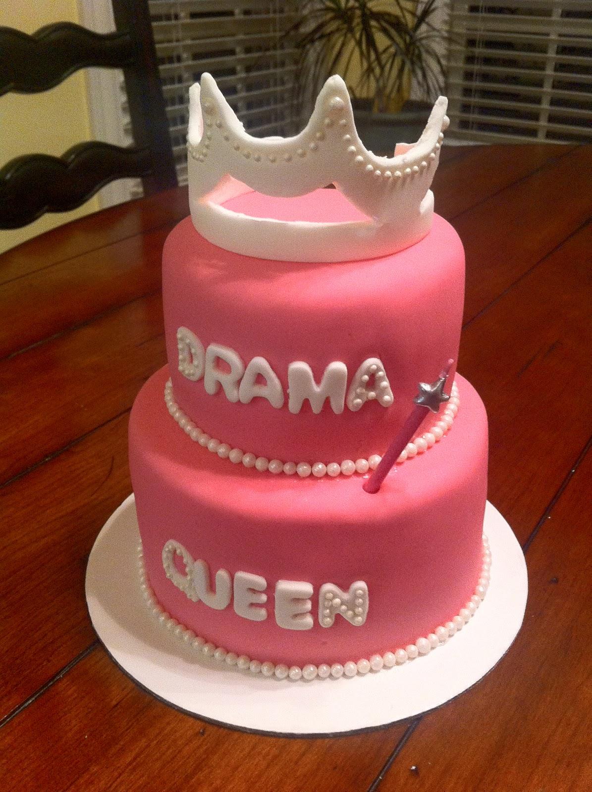 52 Weeks of Sweets: Week 32 :: Drama Queen Cake!