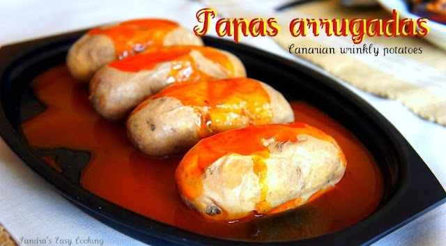 Canarian wrinkly potatoes Papas arrugadas