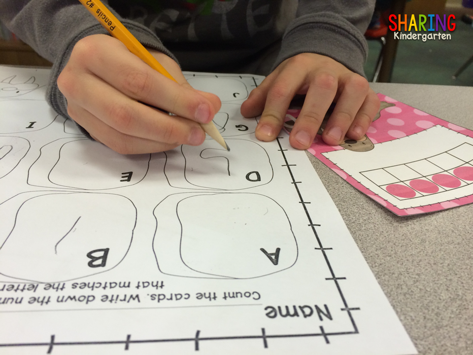 http://www.sharingkindergarten.com/2015/01/center-saturday.html