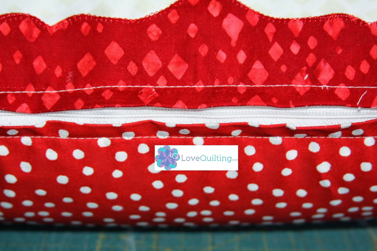 http://www.lovequilting.com/shop/free-lovequilting-com-exclusive/zipper-pillow/
