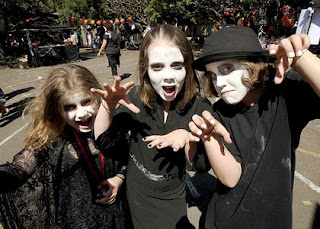 australia in australia they celebrate guy fawkes eve as the day for halloween or as it is also known mischief night or danger night