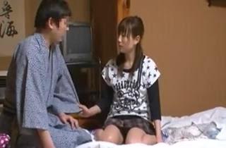 Download gratis Bokep jepang incest | Servis kepnokanan disaat istri sedang tidur