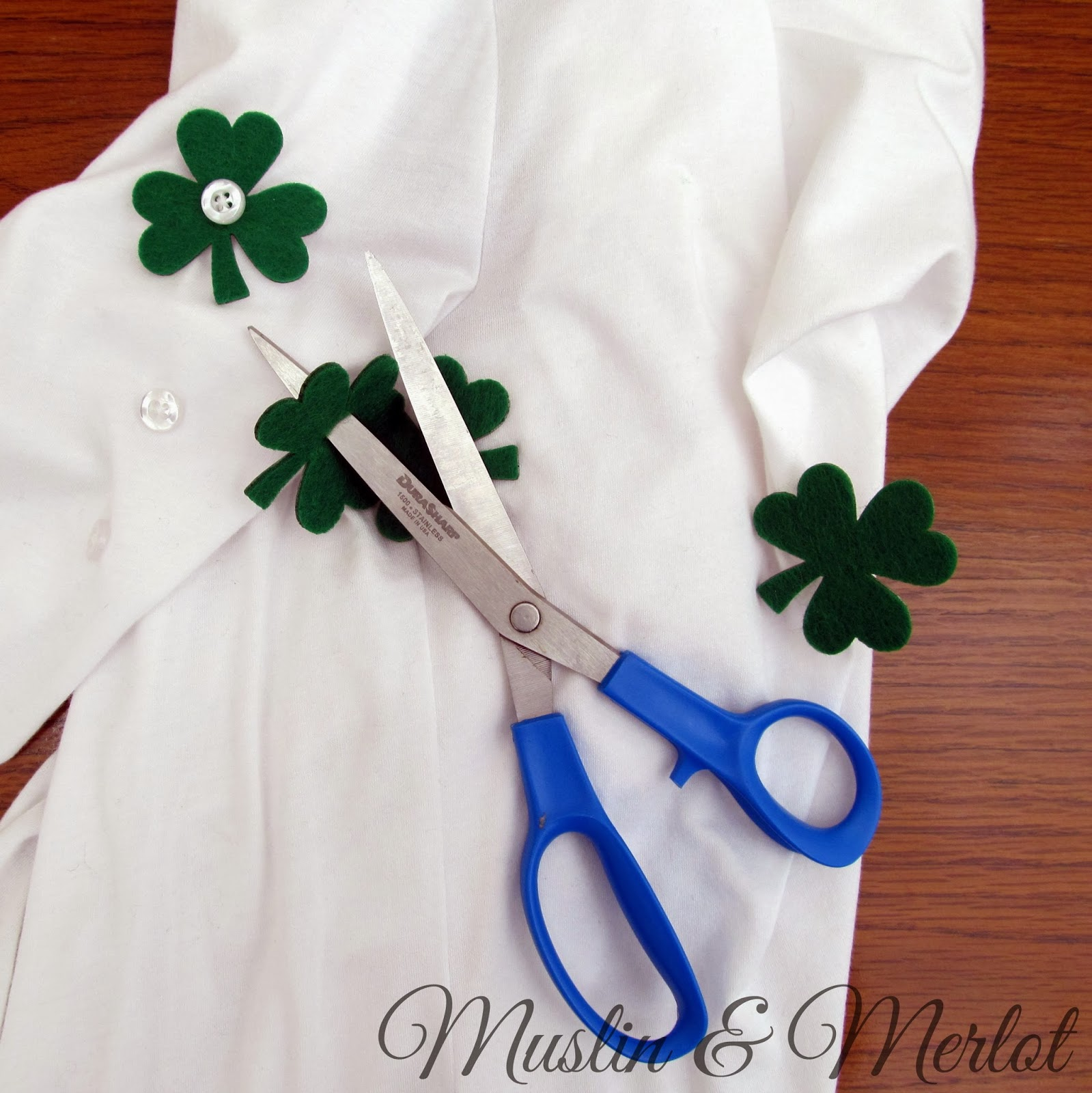 Add shamrocks to your shirt sleeves! by Muslin & Merlot