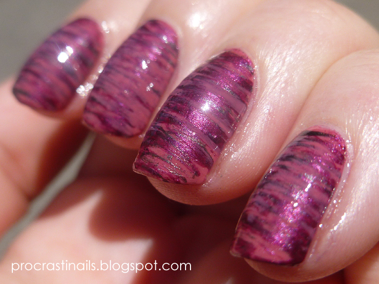 31 day nail art challenge metallic fan brush mani with china 31 day nail art challenge metallic fan brush mani with china glaze magnetix prinsesfo Image collections