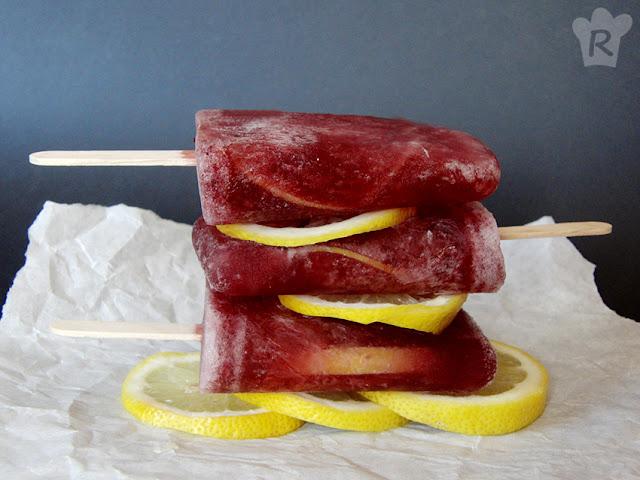 Polos de tinto de verano al limón