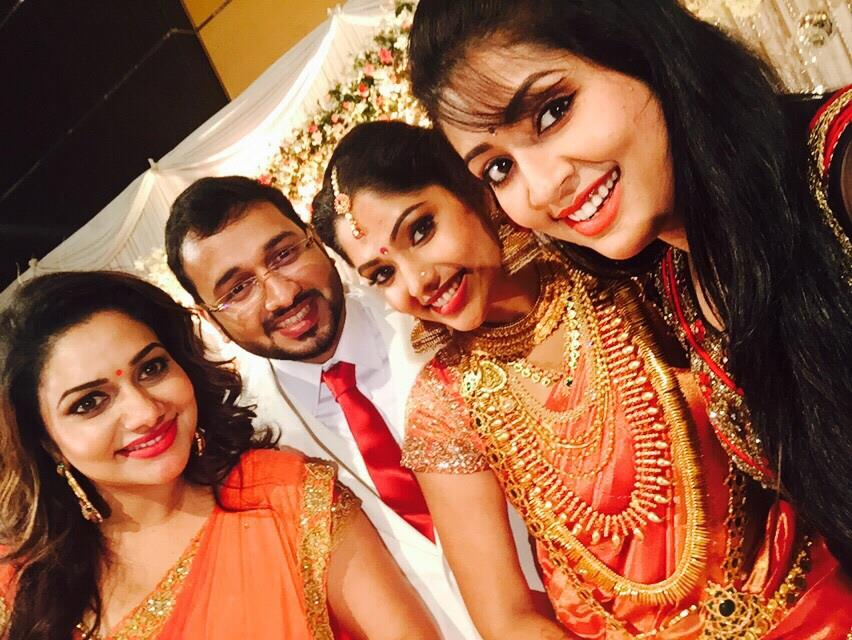 Rimi Tomy Wedding Reception Photos Actress muktha married rinku tomy ...