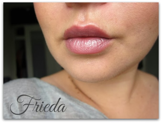 L'Oréal Paris Collection Privée Les Nudes Frieda Hint of Parma