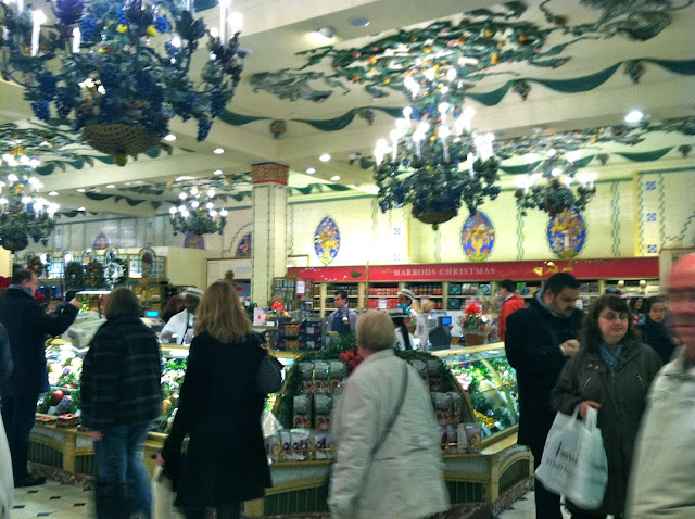 A Christmas Eve Tour of Harrods of London by The Everyday Home