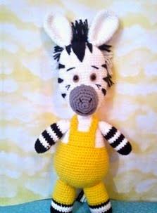 http://patronesamigurumipuntoorg.blogspot.com.es/2014/06/patron-cebra-zou-amigurumi.html